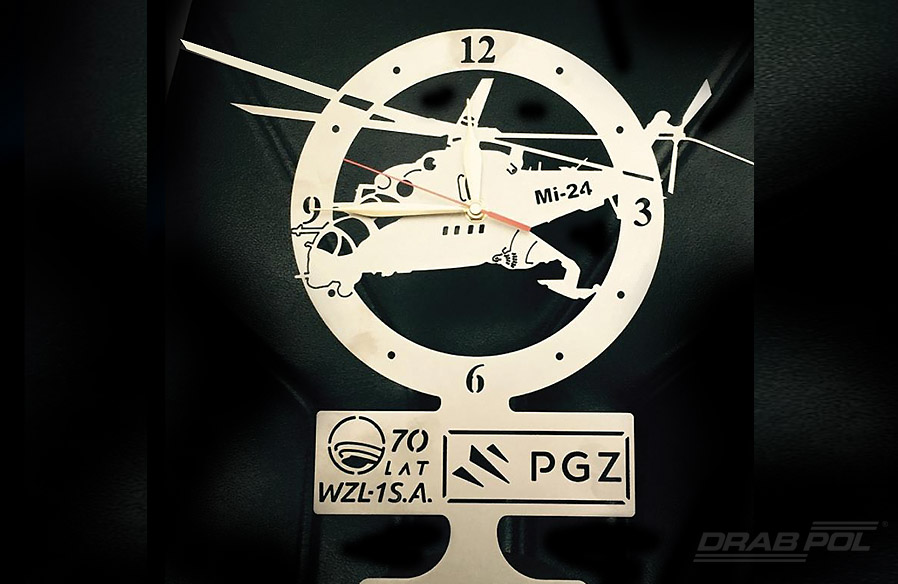 All guests received beautiful clocks with the picture of MI-24 helicopter